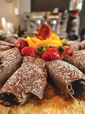 Tartas caseras rellenas de deliciosas combinaciones. Enteras o en porciones