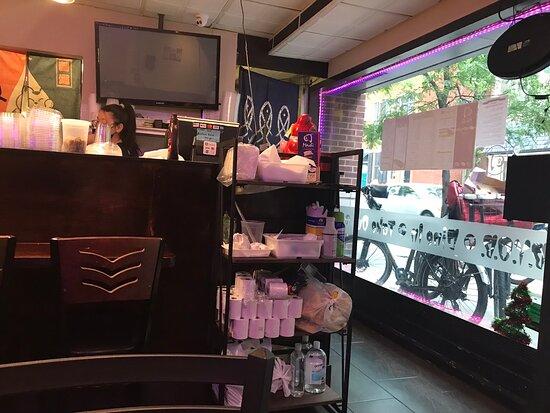 فيلادلفيا, بنسيلفانيا: Seated looking the bar
