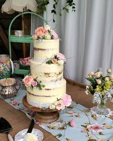 Persimmon Lane Semi Naked Wedding Cake.