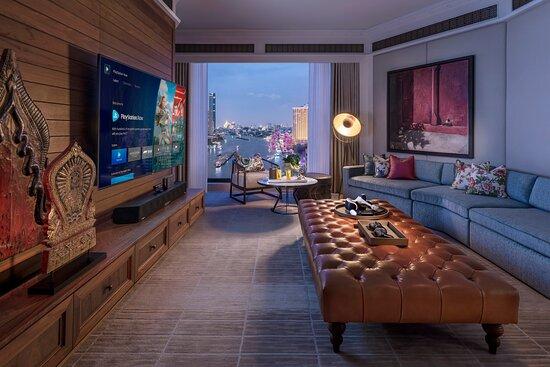 Oriental Suite - Entertainment Room