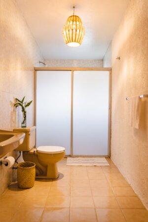 Baño compartido por 2 habitaciones Deluxe