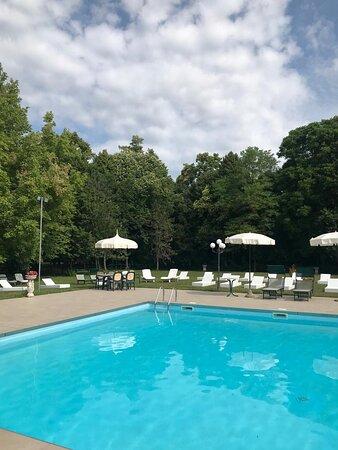 Bellissima e grande location storica con ampio parco e piscina
