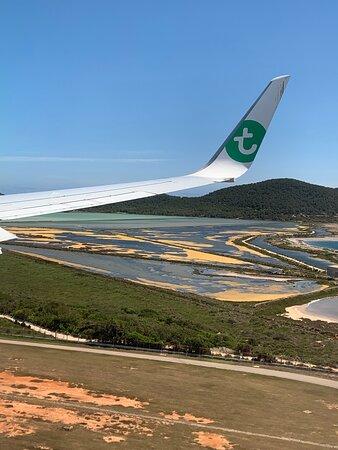 Transavia: landing Ibiza