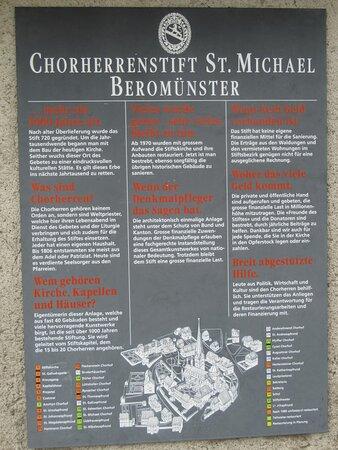 Stiftskirche St.Michael / Chorherrenstift St.Michael Beromunster (LU)