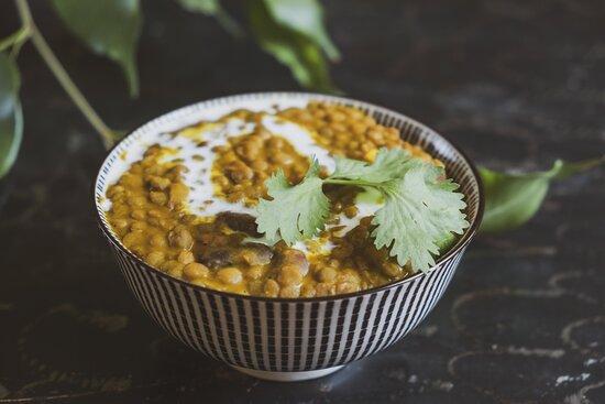 dhal makhani -  zuppa di lenticchie e fagioli rossi