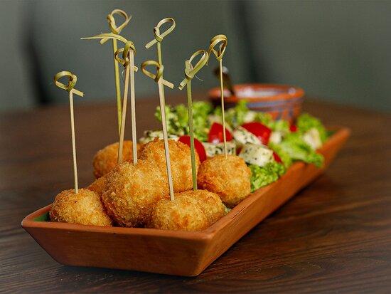 Elarji Balls with Gebzhalia Salad