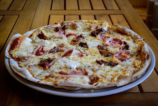 Pizza Party Pernil