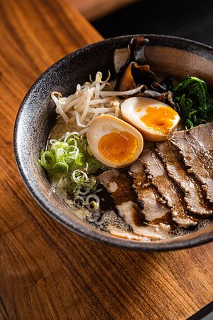 Brussels, Belgia: Delicious ramen in the heart of Europe. Bringing quality Japanese cuisine right into your tummy.