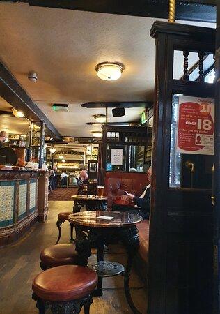 Whitelock's Ale House Leeds.