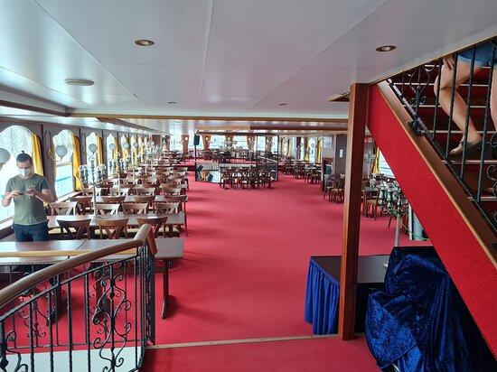 Снимок Harbor cruise on the beautiful Elbe