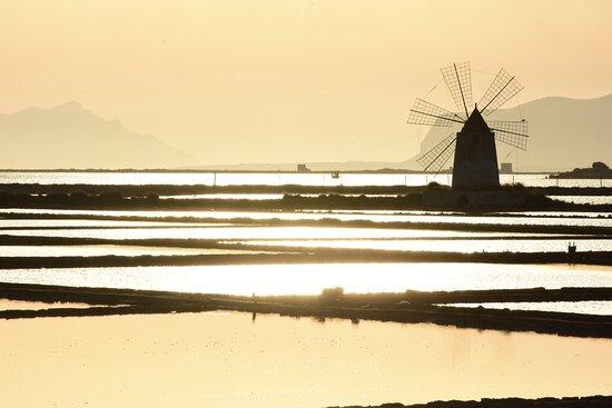 Marsala, Itália: Saline al tramonto