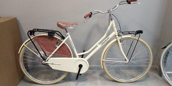 """Bicicleta holandesa QUER Amsterdam 26"""" 1 velocidad. Envío gratuito en 24/48h. https://lapedaleria.es/bicicleta-urbana-quer-amsterdam-26-1-velocidad/"""