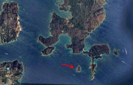 Ilhas da Madalena, Itália: Isola Porco. Un luogo poco frequentato e che riserva belle sorprese per chi pratica lo snorkeling (e molto altro)
