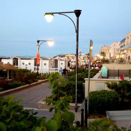 كاتوليكا, إيطاليا: Lungomare