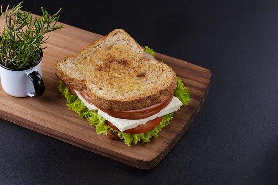 Sanduíche de peito de peru