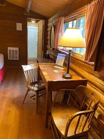 Nice desk area in the cabin