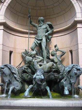 Stockholm, Hallwyl Museum, Neptun Fountain