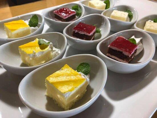 朝食 週末限定(土・日)お楽しみスイーツ 金・土チェックインのお客様対象です。 メニューは変更の可能性がございます。