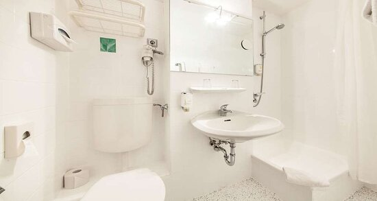 Standard Double Room Bath