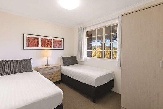 adina serviced apartments canberra kingston two bedroom apartment bedroom twin