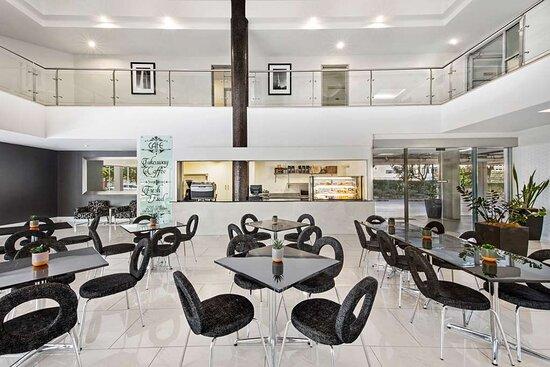 adina serviced apartments canberra dickson cafe