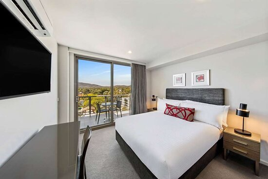adina serviced apartments canberra dickson guest room queen