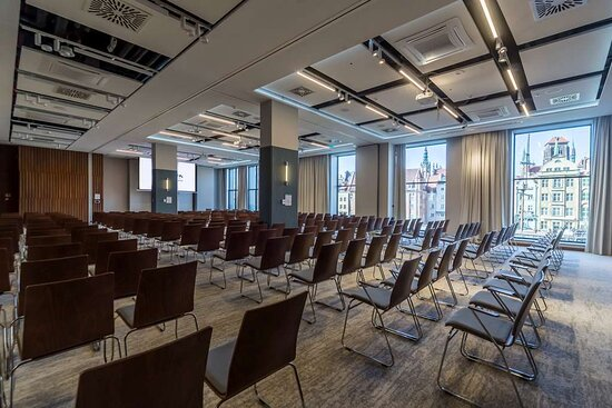 Meeting room with theater style setup