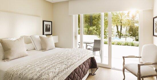 Suite 4 Bedrooms