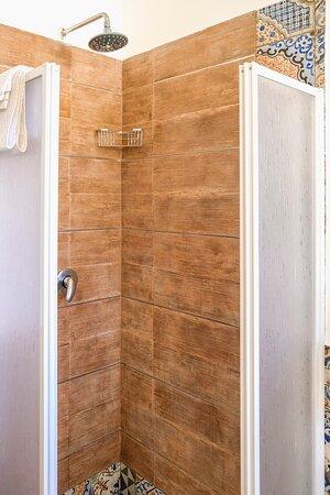 bagno appartamento glicine