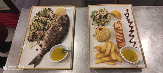 We have just had the best meal here. Thank you to Demitris for your super hospitality. Best meal all week. - Εικόνα του Skipper, Κρήτη - Tripadvisor