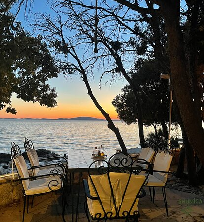 Sunset dinners provide a magical experience, unique on the island of Pag