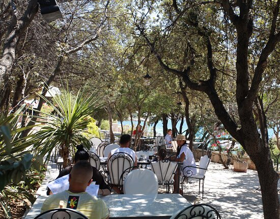 Best lunch spot on the island of Pag