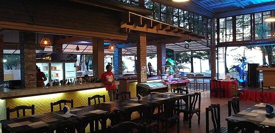 Capri Restaurant & Bar - Bar Area