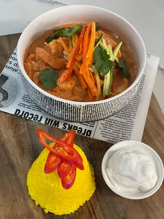 Thai red curry with prawns and saffron infused rice