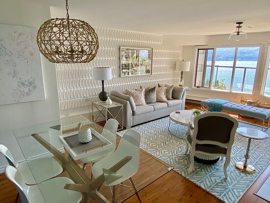 Nest Suite Living and Dining Room
