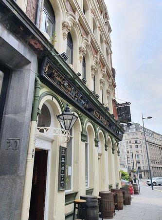 The Railway Pub along Tithebarn Street