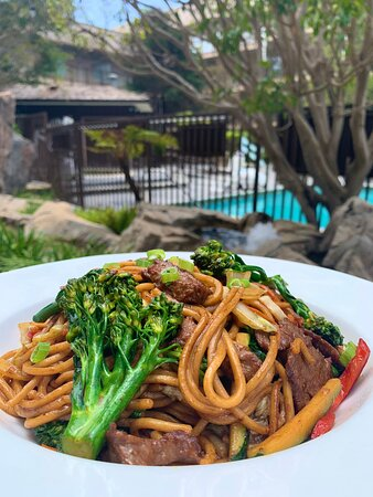 Beef and Broccoli Chow Mein