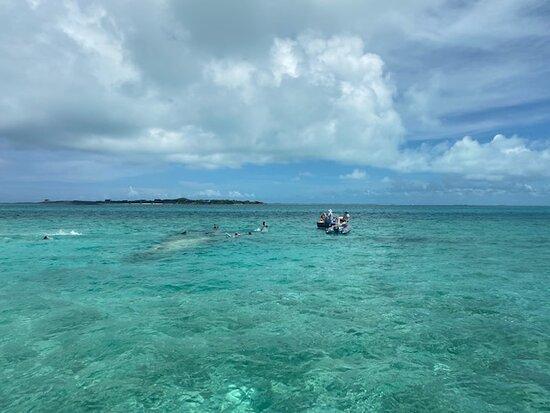 Exuma Powerboat Tour from Nassau 이미지