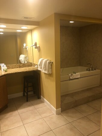Clean&comfortable accommodations. Made our stay easy.