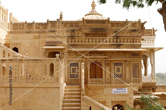 """Another building in compound.. Pillars ,walls , beams, Jarokha's / Windows with seamless patterns, geographic & gematrical patterns combinations , everywhere seen superb carvings on sandstone, beautifully crafted sculptures and fantastic carved domes. The all side walls carry the intricate Jali or lattice work in stone in very large scale with different seamless patterns combination..... """"Amar Sagar Jain Temple"""" ,Jaisalmer, Rajasthan , India ."""