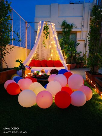 Bohemian Cabana Candlelight Dining on Rooftop : Various Decor styles