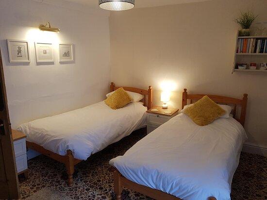 Room 5 - twin room