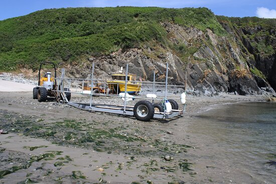 boat launching at Porth Meudwy
