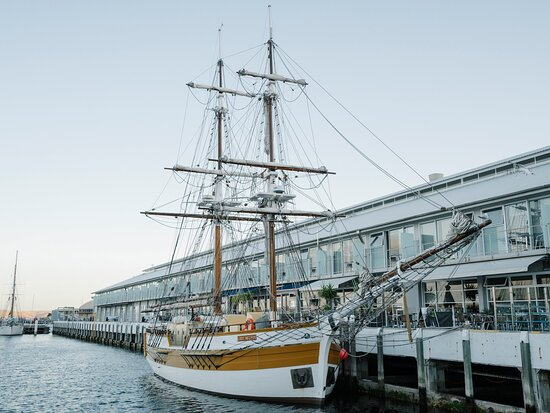 Facade of Somerset On The Pier Hobart