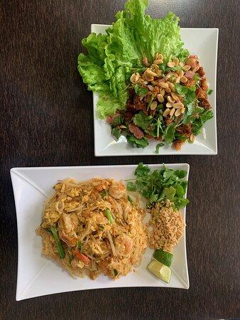 Salade Nem Thadeua et Pad  thai aux crevettes