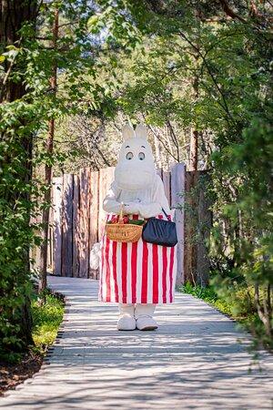 Moominmamma enjoying walk at the forest