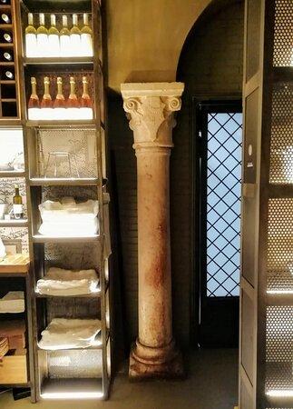 Nella Verona storica, come i vini del suo territorio