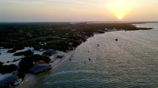 Praia de atins é o paraíso do kitesurf