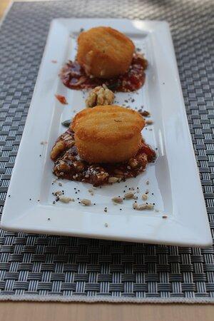 Para los amantes del queso, en el You Bar del Albir tenemos muchas propuestas diferentes y con mucho sabor, que te encantarán.