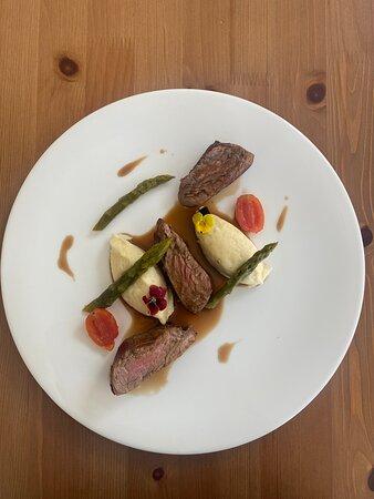Beef fillet , purée potato, asparagus, Madeira sauce .
